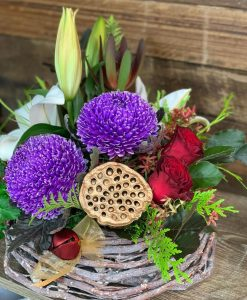 10 Bright Christmas Blooms Basket